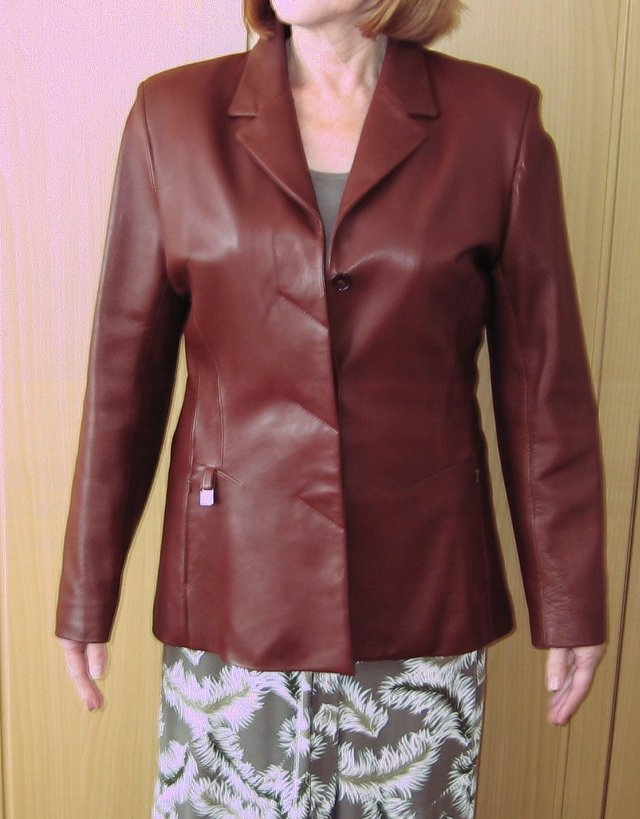 tan leather jacket - Second Hand Women's Clothes, Buy and Sell in ...