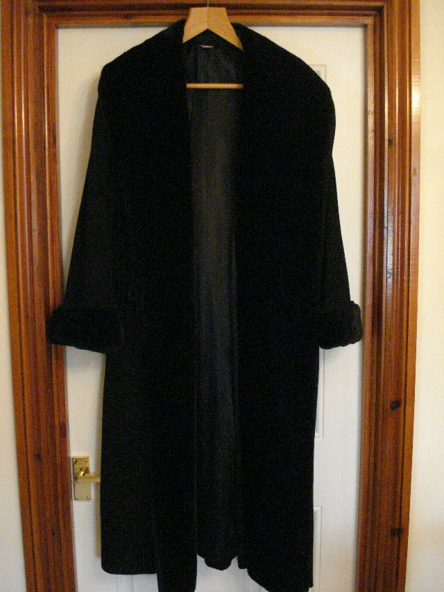 full length wool coat - Second Hand Women's Clothes, Buy and Sell ...