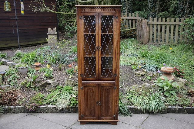 antique oak corner cupboard - Local Classifieds, Buy and Sell in ...