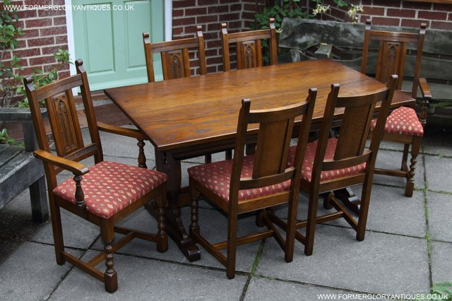 OLD CHARM LIGHT OAK KITCHEN DINING TABLE SIX DINING CHAIRS For Sale In Uttox