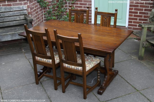 OLD CHARM LIGHT OAK KITCHEN DINING SET TABLE FOUR CHAIRS For Sale In Uttoxete