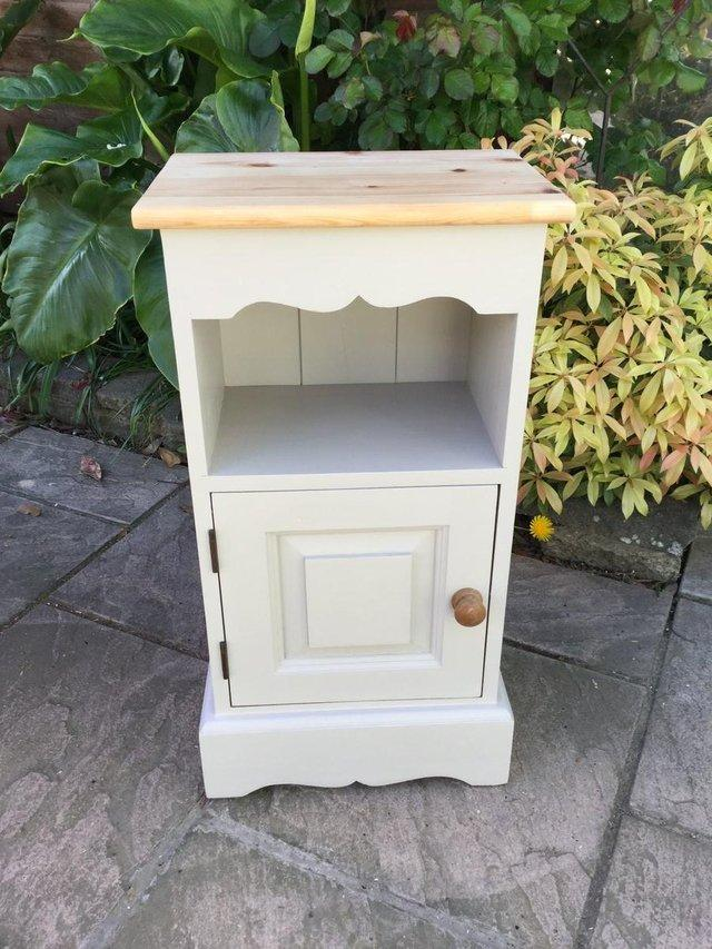 bedside cabinets - second hand household furniture, buy and sell
