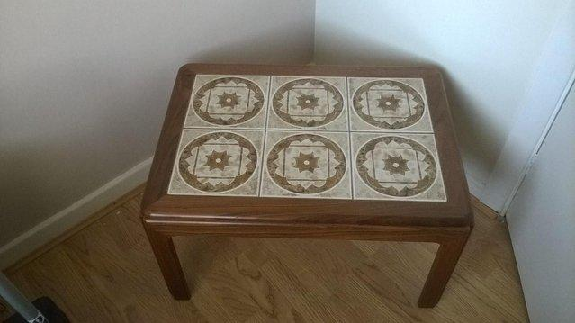 tile coffee table - second hand household furniture, buy and sell