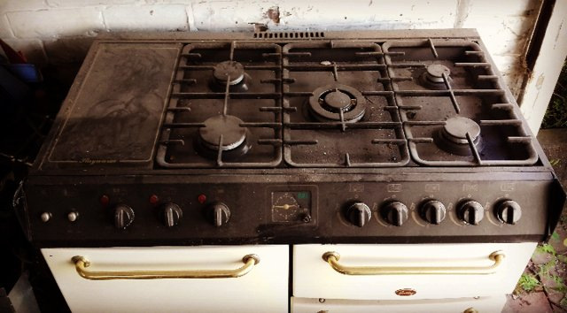 Gas cookers stoke on trent
