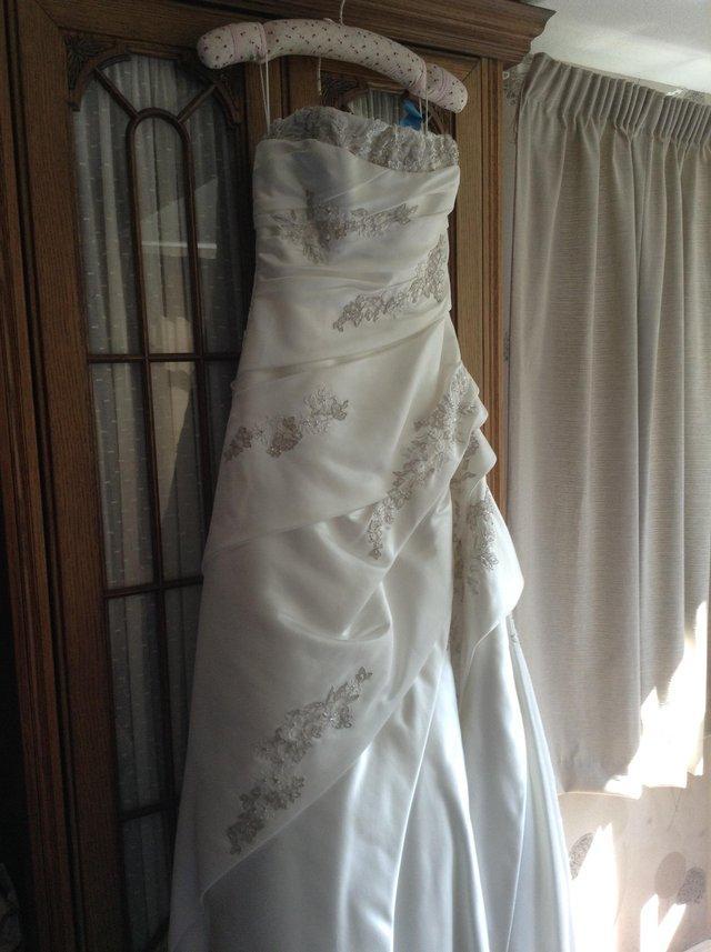 Pronovius Marsella Ivory Wedding Dress