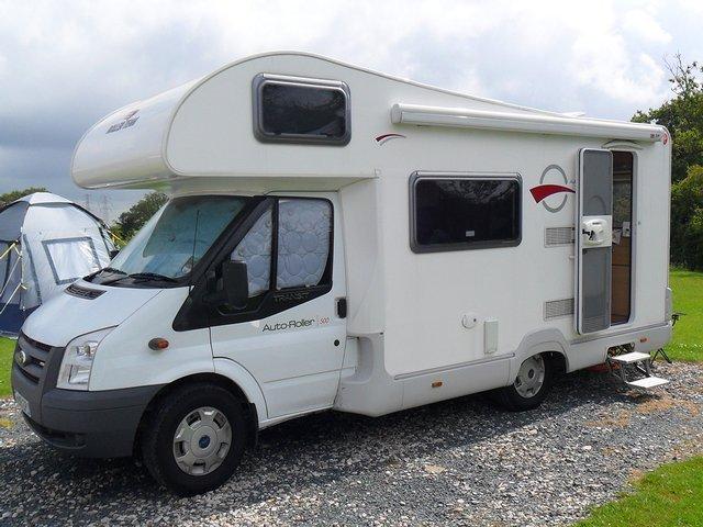 caravan vs campervan preloved uk. Black Bedroom Furniture Sets. Home Design Ideas