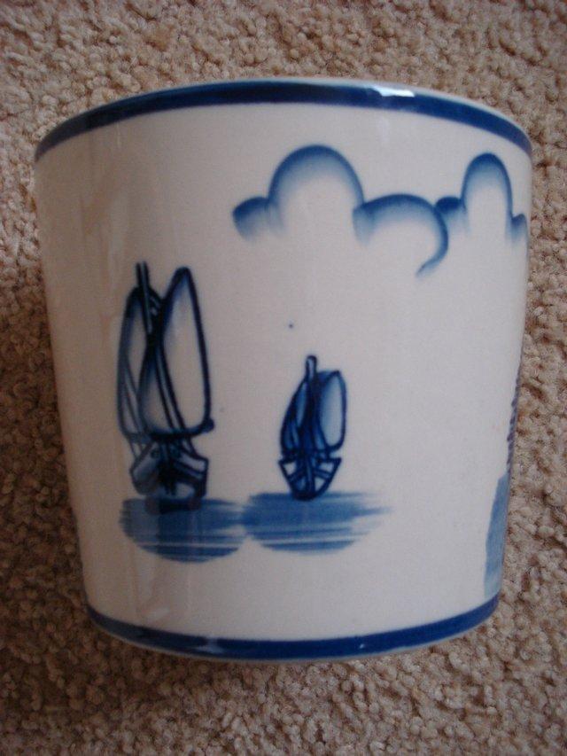 white blue plant pots