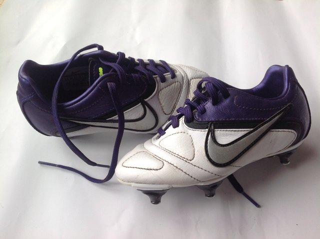 Second hand nike football boots from Preloved