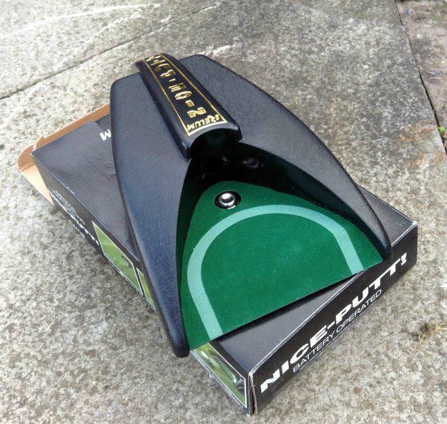 Second hand golf putting machine
