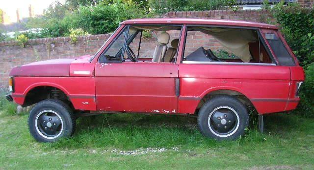 An early 3 door Range Rover