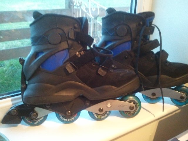 Preview of the first image of Roller Blades - Hypno Reactive Runner.