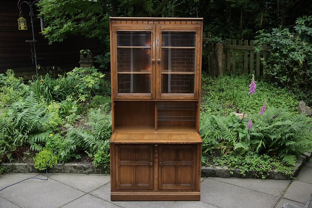 Image 9 of ERCOL GOLDEN DAWN DRINKS DISPLAY CABINET BOOKCASE CUPBOARD.