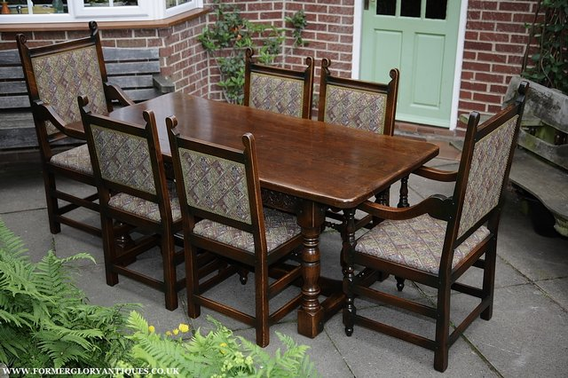 Image 21 of TITCHMARSH & GOODWIN STYLE OAK DINING TABLE & SIX CHAIRS