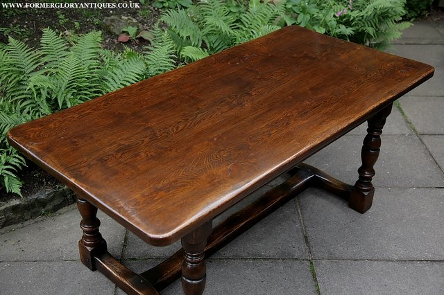 Image 28 of TITCHMARSH & GOODWIN STYLE OAK DINING TABLE & SIX CHAIRS