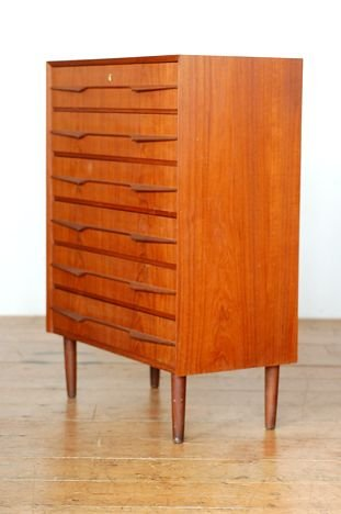 Preview of the first image of **WE BUY** RETRO TEAK CHESTS OF DRAWERS ***FOR CASH***.
