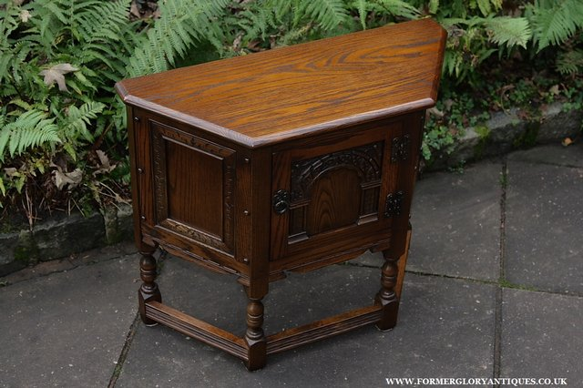 Image 7 of OLD CHARM OAK CABINET LAMP HALL TABLE CUPBOARD SIDEBOARD