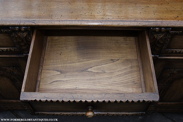 Image 8 of TITCHMARSH AND GOODWIN STYLE OAK SIDEBOARD DRESSER BASE