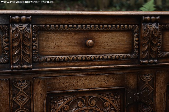 Image 46 of TITCHMARSH AND GOODWIN STYLE OAK SIDEBOARD DRESSER BASE
