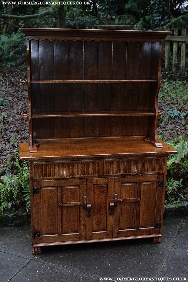 Preview of the first image of NIGEL GRIFFITHS SOLID OAK DRESSER BASE SIDEBOARD CABINET.