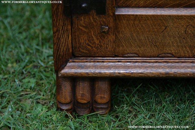 Image 26 of NIGEL GRIFFITHS SOLID OAK DRESSER BASE SIDEBOARD CABINET