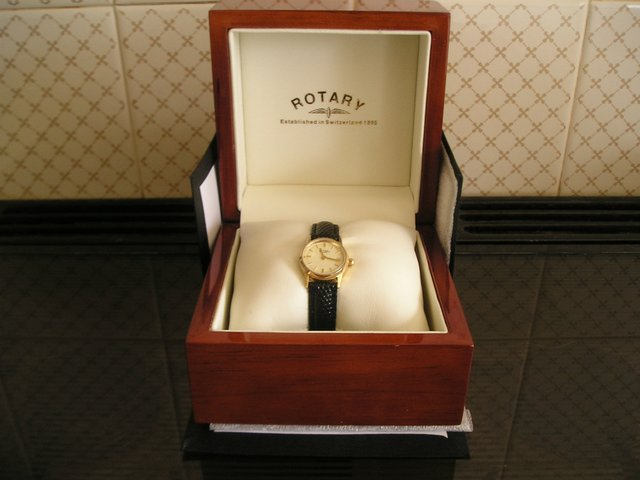 Preview of the first image of ROTARY LADIES WATCH..