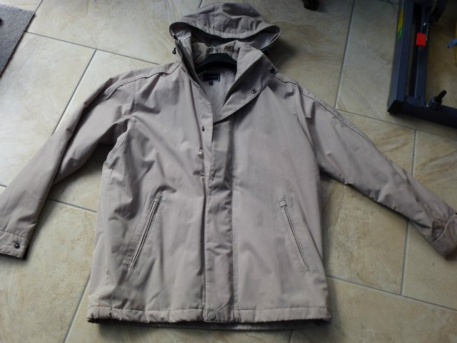 Preview of the first image of new rockport coat.