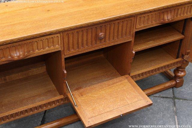 Image 30 of RUPERT NIGEL GRIFFITHS OAK DRESSER BASE SIDEBOARD TABLE