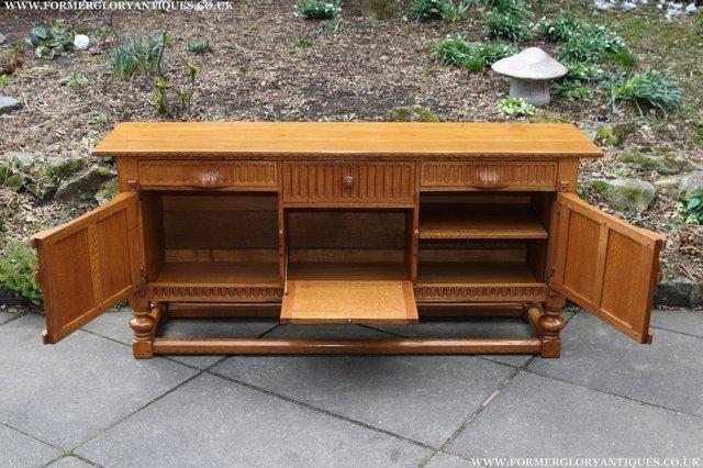 Image 33 of RUPERT NIGEL GRIFFITHS OAK DRESSER BASE SIDEBOARD TABLE