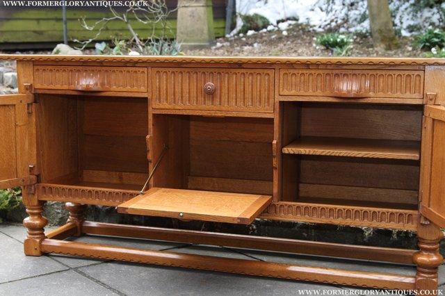 Image 39 of RUPERT NIGEL GRIFFITHS OAK DRESSER BASE SIDEBOARD TABLE