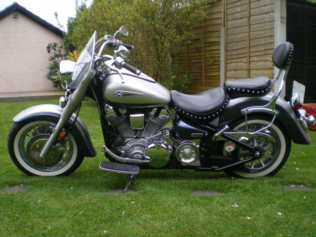 Image 2 of yamaha xv1700 roadstar custom 2006