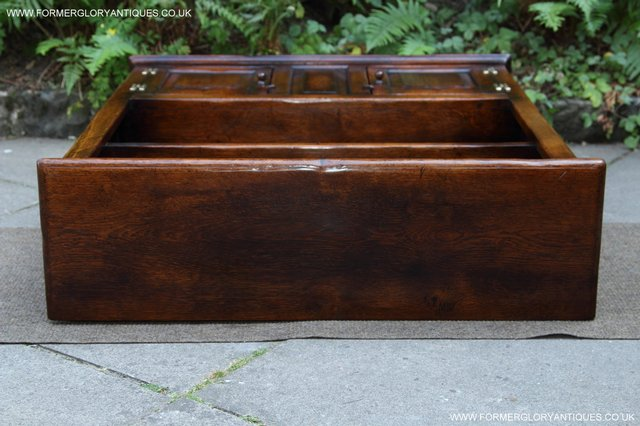 Image 6 of TITCHMARSH AND GOODWIN STYLE OAK BOOKCASE CABINET CUPBOARD