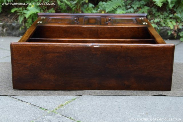 Image 27 of TITCHMARSH AND GOODWIN STYLE OAK BOOKCASE CABINET CUPBOARD