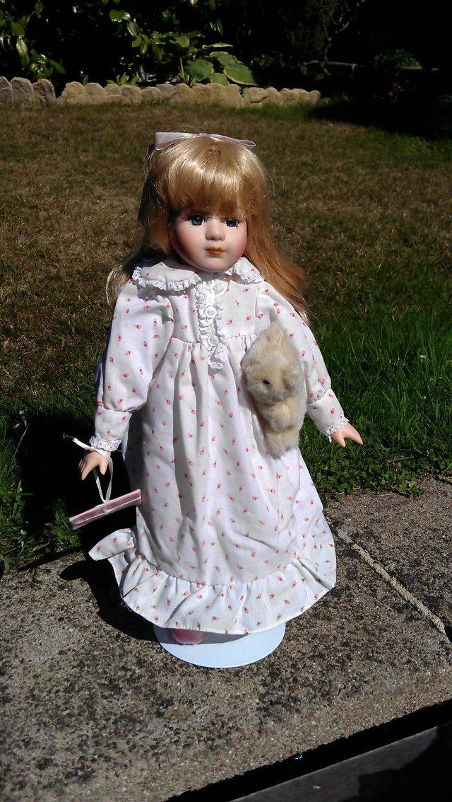 leonardo collection porcelain doll - Collectibles | Preloved