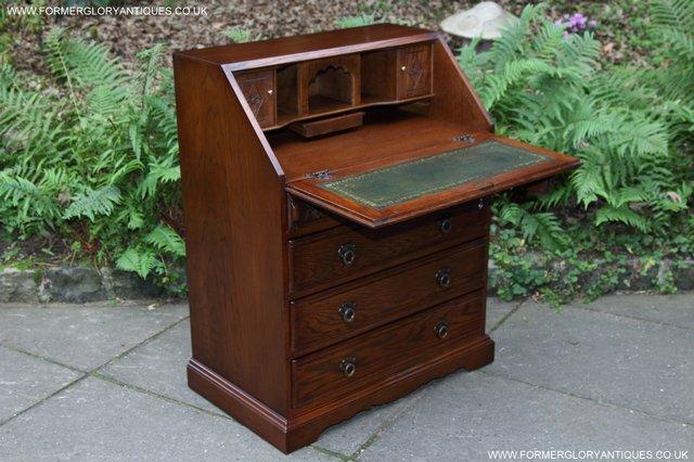 Image 3 of OLD CHARM OAK WRITING TABLE BUREAU COMPUTER OFFICE DESK