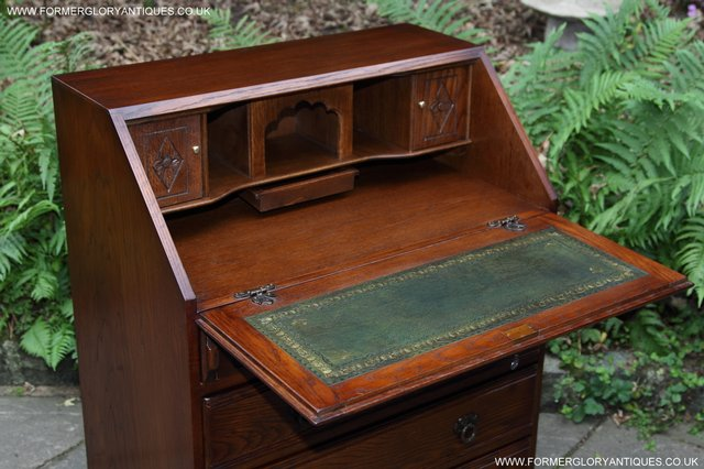 Image 42 of OLD CHARM OAK WRITING TABLE BUREAU COMPUTER OFFICE DESK