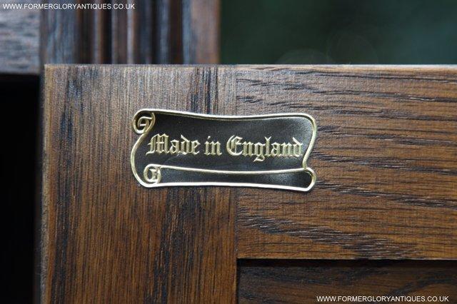 Image 12 of OLD CHARM OAK DRINKS COCKTAIL WINE DISPLAY CABINET SIDEBOARD