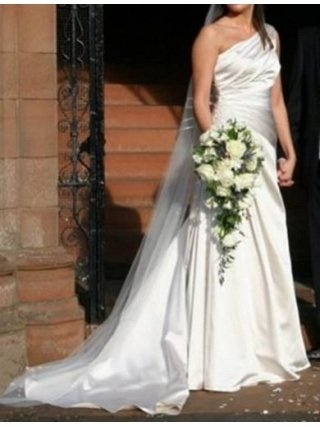 Preview of the first image of Stunning one shouldered Sincerity wedding dress.
