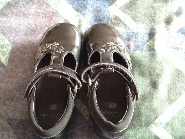 bd7487f55 childrens clarks shoes - Second Hand Children s   Baby Clothes