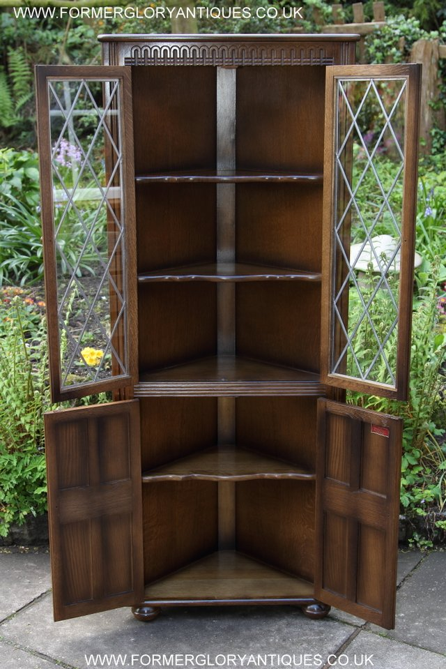 Image 14 of OLD CHARM STYLE OAK CORNER CABINET DISPLAY CUPBOARD BOOKCASE