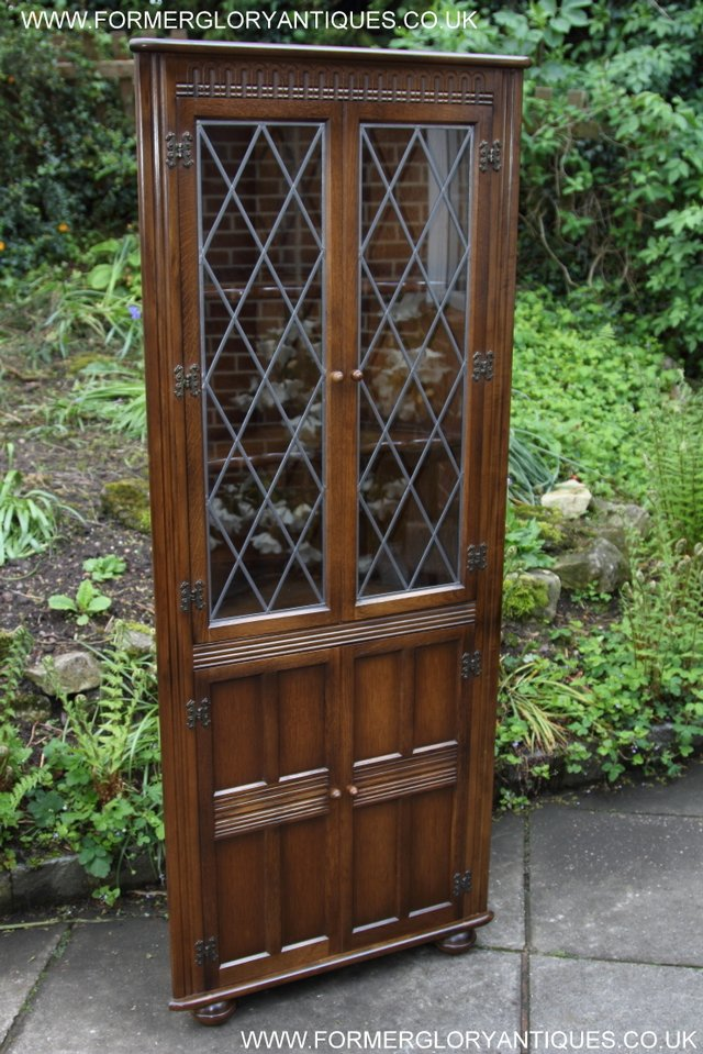 Image 26 of OLD CHARM STYLE OAK CORNER CABINET DISPLAY CUPBOARD BOOKCASE