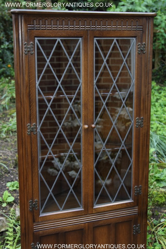 Image 27 of OLD CHARM STYLE OAK CORNER CABINET DISPLAY CUPBOARD BOOKCASE