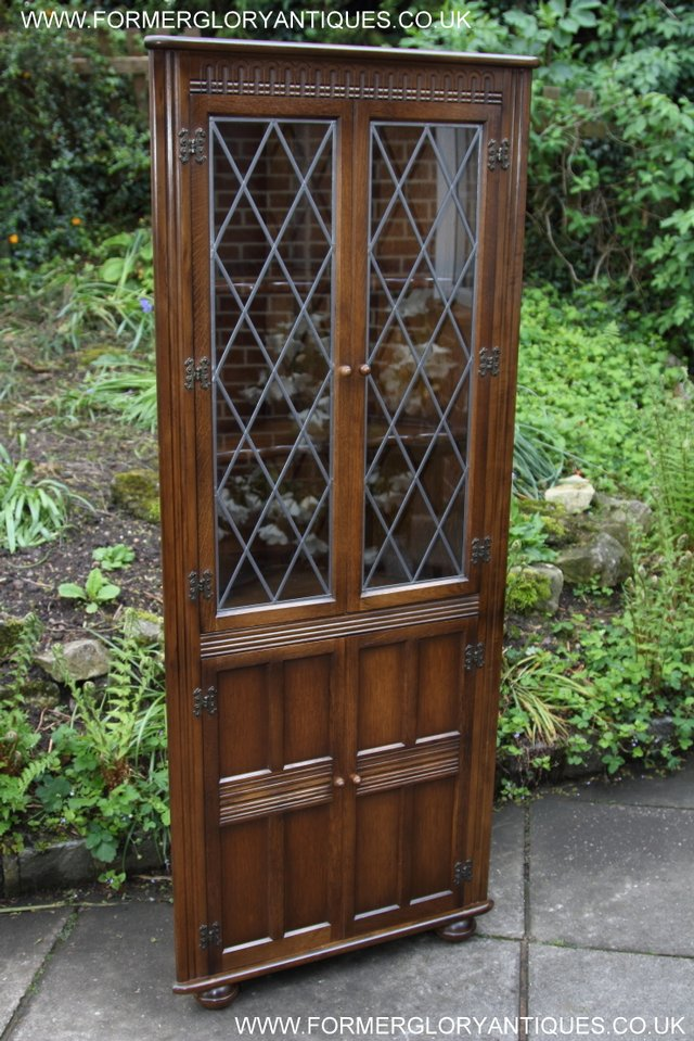 Image 34 of OLD CHARM STYLE OAK CORNER CABINET DISPLAY CUPBOARD BOOKCASE