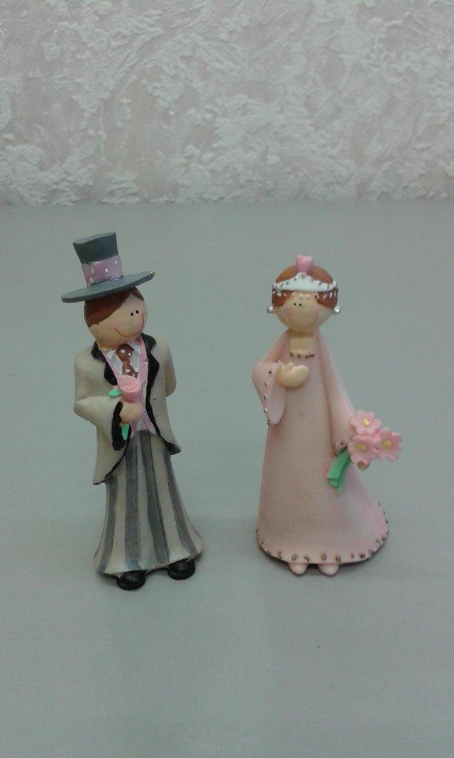 Wedding decorations second hand wedding decorations and brand new and individually boxed ideal as wedding cake decorations or even table decorations retail price was 695 each at a bridal shop bargain price junglespirit Image collections