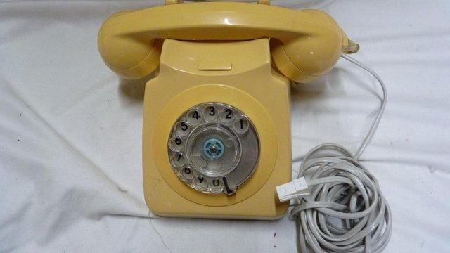 Vintage off white Telephone 1970's working for sale  Littlehampton