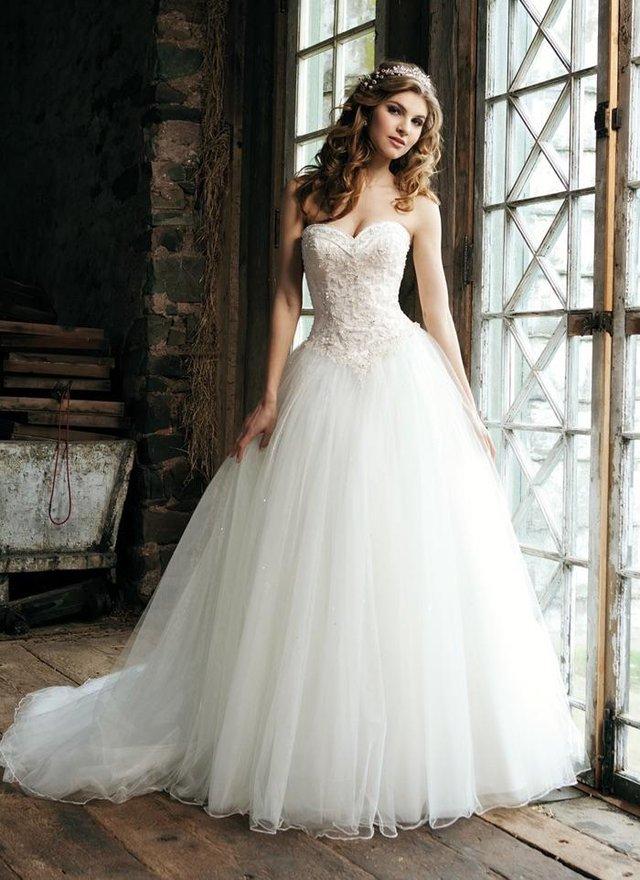 Sincerity Wedding Dress 3656 Ivory For Sale In Kingswinford West Midlands