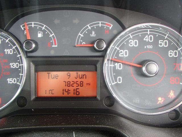 Preview of the first image of FIAT GRANGE PUNTO 1.4 16 VALVE TURBO T-JET NEAR PERFECT LOW.