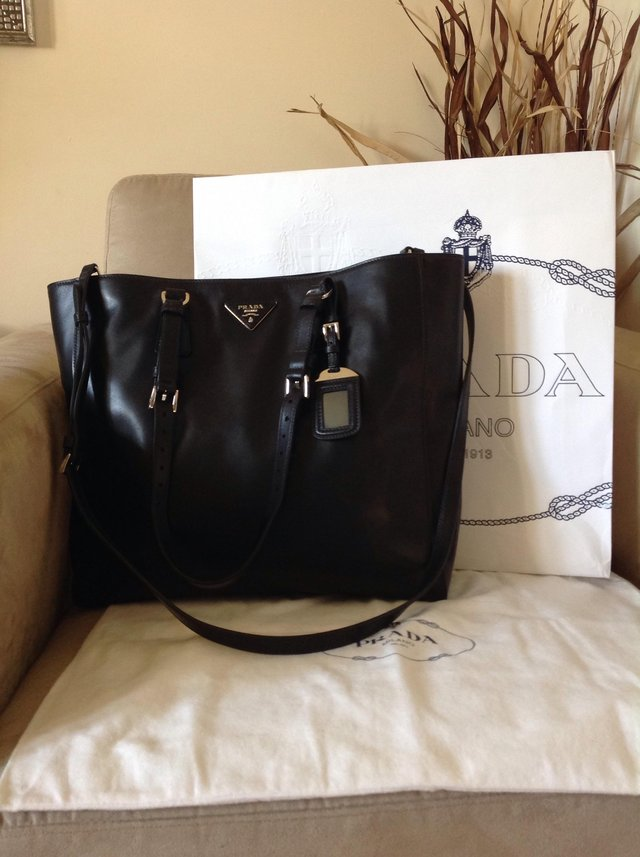 95e426c735e5 Genuine Prada tote bag For Sale in Perivale