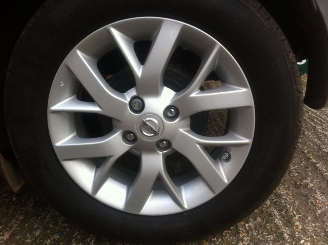 Preview of the first image of Wanted nissan note alloy wheel.