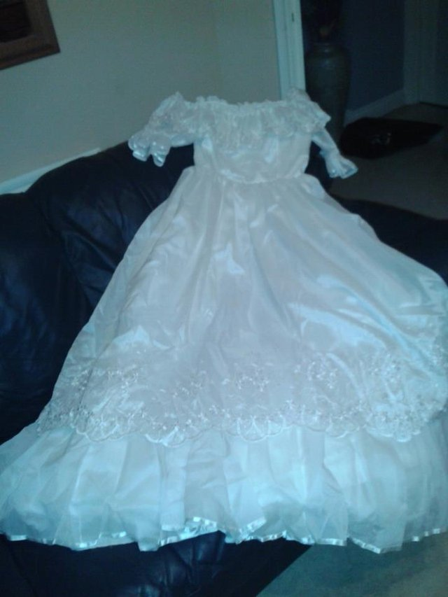 wedding dress - Local Classifieds, For Sale in Banbury | Preloved