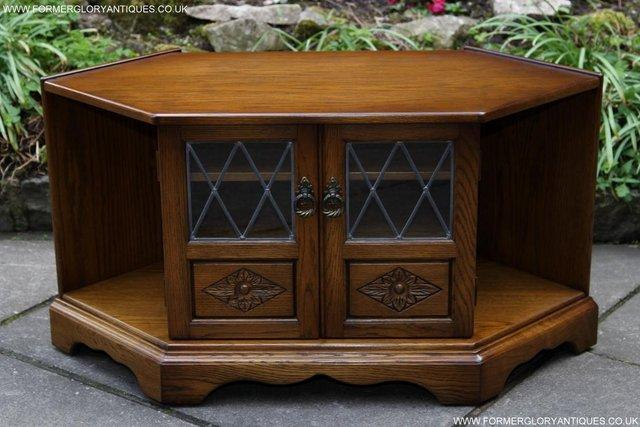 Swell Andrena Old Charm Light Oak Dvd Cd Tv Stand Table Cabinet For Sale In Uttoxeter Staffs Preloved Download Free Architecture Designs Grimeyleaguecom